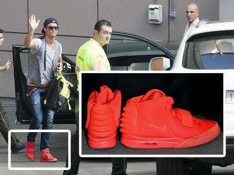 عکس: کفش های شش هزار دلاری رونالدو!