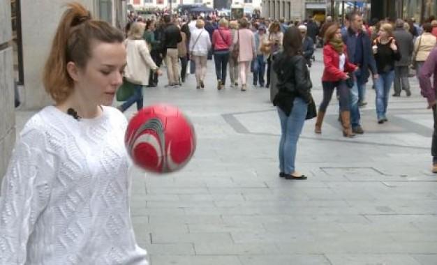 ویدئو: دختری که چالش را از آنچلوتی برد!